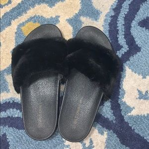 Cute SOFT FURRY Slippers/Slides